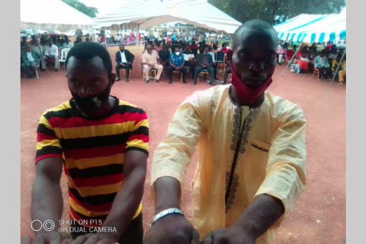 Mandji : une scène de jalousie envoie deux frères en prison pour 4 mois