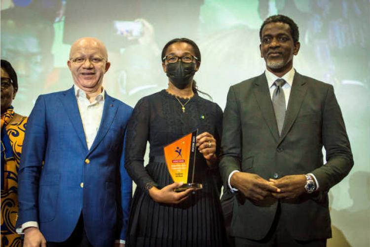Banque : La Fondation BGFIBank primée à Abidjan