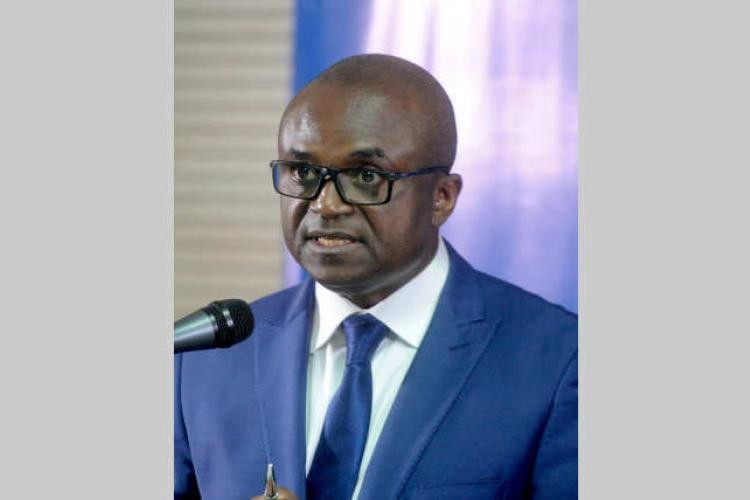 Lutte contre la corruption : Francis Nkea Ndzigue brandit à nouveau le bâton