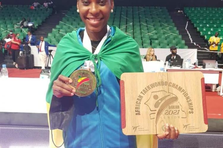 La championne d'Afrique de Taekwondo, Maria Urgence Mouega Mouega
