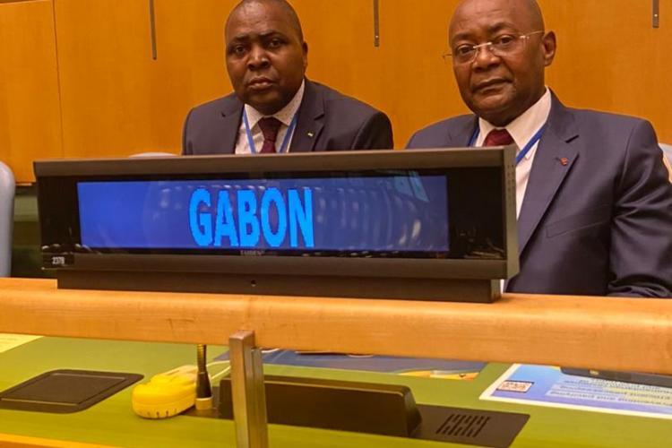 Les deux représentants de la diplomatie gabonaise