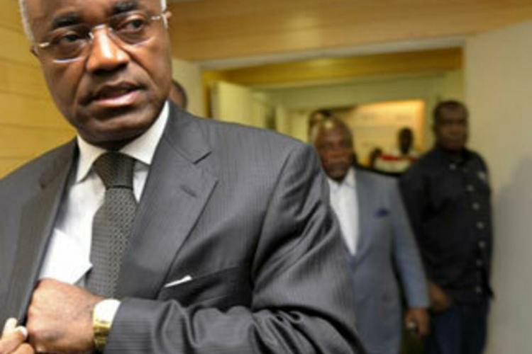 Gabon : Jean Eyeghe tourne le dos à Jean Ping