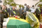 Obsèques : la République rend hommage à Issoze Ngondet